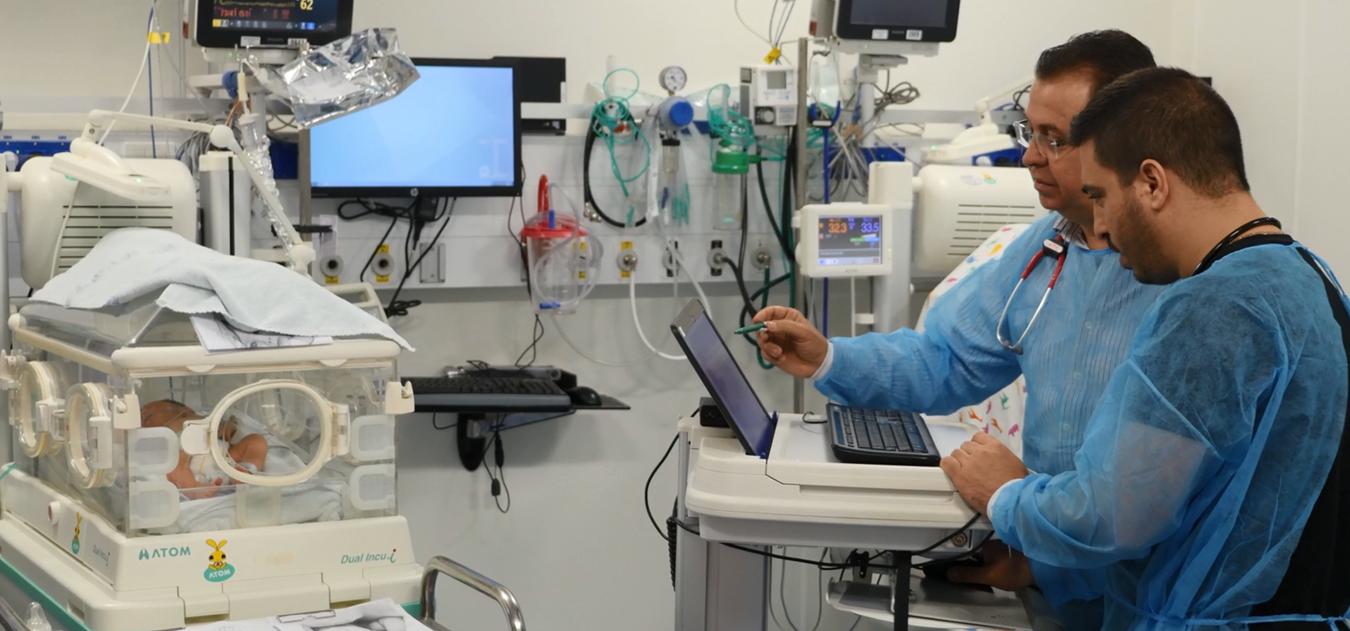 قسم الخدّج المتميّز في مستشفى الناصرة يصبح قسمًا أكاديميًا ويحصل على مصادقة التخصص في مجال المواليد الجدد والخدّج